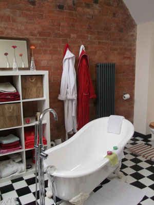 Bathroom by RJ FIeld & Son - Hereford Builders